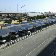 Parking particulier à l'aéroport de Malaga