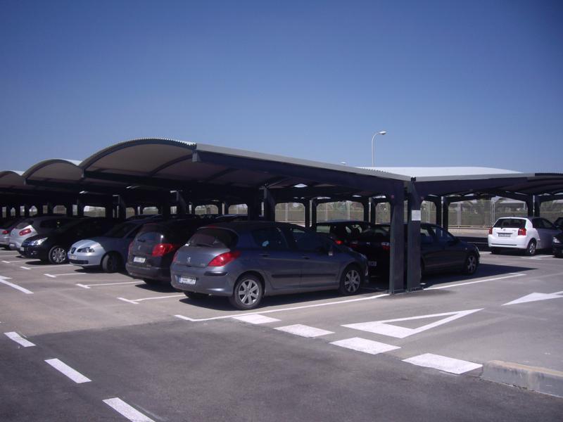 Marquesinas de aparcamiento y techos de parking para coches for Parking de coches