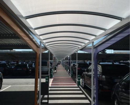 Carports textiles pour le parking T1 Barajas