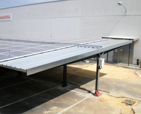 Europa prefabri hersteller und monteur von solar carports for Monteur de stand
