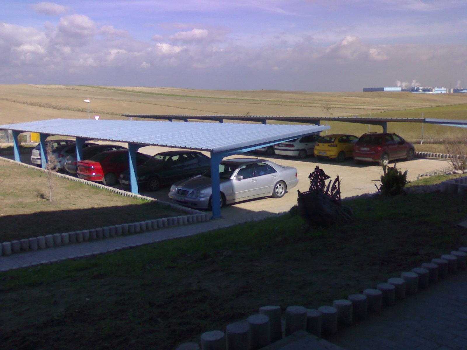 Techos para aparcamiento de coches en punto limpio