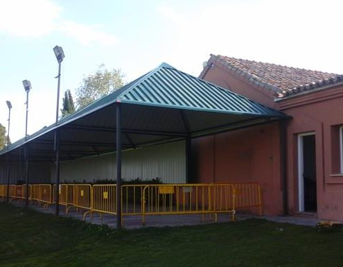 Metallic Structure Canopies for Alcobendas Golf Camp