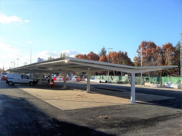 Marquesinas de aparcamiento para Ahorramás en Torrejón.