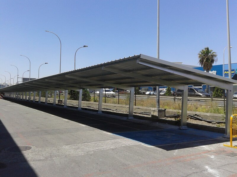 marquesinas de aparcamiento para la fabrica de san miguel en malaga 01
